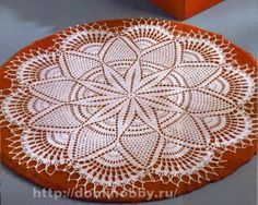 FREE DIAGRAMS ~ LOTS OF DOILIES AT THIS SITE ~ SITE IS IN RUSSIAN BUT THERE ARE CHARTS FOR EACH DOILY ~