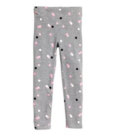 Leggings in soft jersey made from an organic cotton blend with an elasticated waist. Kids Outfits Girls, Little Girl Outfits, Cute Girl Outfits, Cute Outfits For Kids, Baby Girl Dresses, Floral Leggings, Printed Leggings, Fashion Kids, Fashion Outfits