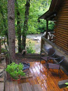 Blue Ridge, Georgia USA  cabin on the river