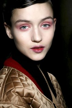 The Hottest Makeup Trends For Fall 2014 - Color Theory - Jonathan Saunders
