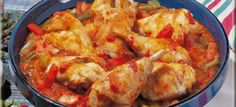 Basque chicken with cookeo - Poulet Basquaise au cookeo Basque chicken with cookeo - Healthy Chicken Recipes, Vegetable Recipes, Meat Recipes, Crockpot Recipes, Salad Recipes, Basque Food, Multicooker, Meals For One, Love Food