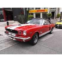 Ford Mustang Convertible V8