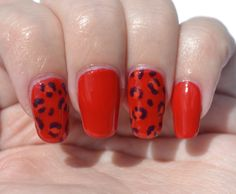 OMD2 (jelly): leopard print nails