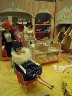 Barbie's Fashion Shop, 1960's