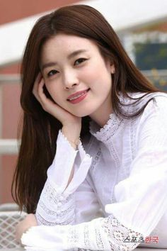 Han Hyo Joo   She is said to have the most beautiful smile in Korea