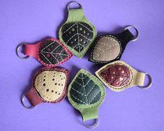 Items similar to Leather decorative leaf keychain holders on Etsy Decorative Leaves, My Works, Unique Jewelry, Handmade Gifts, Leather, Etsy, Vintage, Kid Craft Gifts, Craft Gifts
