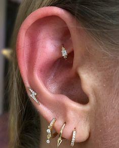 Fine Jewelry and Luxury Piercing Faux Rook Piercing, Rook Piercing Jewelry, Rook Jewelry, Cute Ear Piercings, Piercing Bump, Auricle Piercing, Geode Jewelry, Diamond Jewelry, Tattoos
