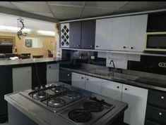Casa en Venta - Laureles, Medellín | Ciencuadras Kitchen Cabinets, Home Decor, Sell House, House Beautiful, Decoration Home, Room Decor, Cabinets, Home Interior Design, Dressers