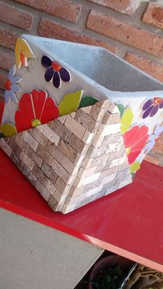 Cement Art, Cement Crafts, Mosaic Crafts, Mosaic Projects, Projects To Try, Cement Flower Pots, Mosaic Flower Pots, Mosaic Pots, Mosaic Birdbath