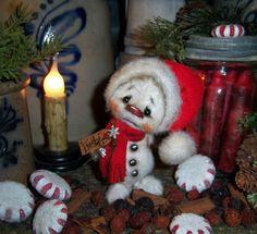 "Primitive Christmas Frosty Snowman 4"" Ornament Doll Patti's Ratties Bear Artist"