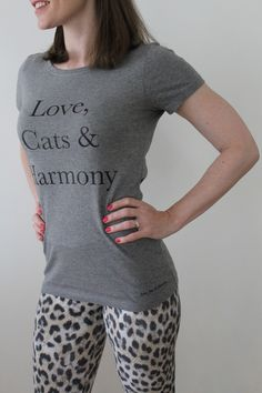 Love, Cats & Harmony - T-Shirt aus feiner Biobaumwolle #cats #catlover #katzenliebe #biobaumwolle Cat Lover, T Shirts For Women, Pets, Fashion, Women's T Shirts, Cotton, Moda, La Mode, Fasion
