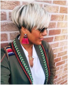 Bob Hairstyles Latest Trend Pixie and Bob Short Hairstyles 2019 - thecutlife - Styling Pixie - .Bob Hairstyles Latest Trend Pixie and Bob Short Hairstyles 2019 - thecutlife - Styling Pixie - . Bob Haircuts For Women, Short Pixie Haircuts, Short Hair Cuts, Pixie Cuts, Bob Short, Short Bobs, Popular Haircuts, Thick Hair Pixie, Short Grey Hair