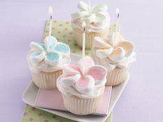 birthday marshmellow cupcakes