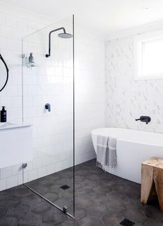 Small Bathroom Design Ideas Recommended For You. Believe or not, small bathroom design ideas can look spacious and practical if you decorate it right. Bathroom Floor Tiles, Bathroom Renos, Laundry In Bathroom, Bathroom Interior, Master Bathroom, Wet Room Bathroom, Bathroom Remodeling, Remodeling Ideas, Remodel Bathroom