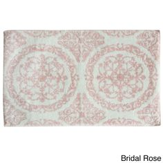 Jessica Simpson Ornamental is a super soft woven jacquard cotton/micro polyester blend bath rug. Available in 6 fashion colors, this stunning piece is conveniently machine washable.