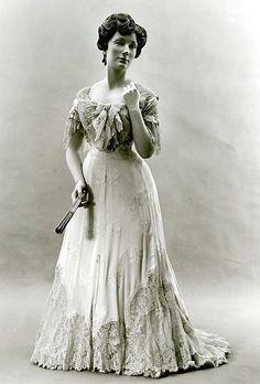 1905 french dress