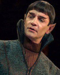 James Frain in Star Trek: Discovery (2017) Star Trek Discovery Cast, Discovery 2017, Star Trek Gifts, Sherlock Doctor Who, Uss Enterprise Ncc 1701, Star Trek Cast, Star Trek Characters, Fiction Film, Bald Girl