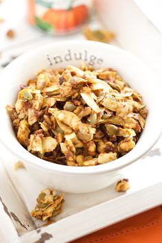 Double Pumpkin Pie Granola (grain free and refined sugar free) | GI 365 #avocadooil