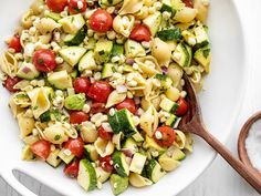 Colorful summer vegetables, creamy avocado, pasta shells, and a homemade lemon vinaigrette make this light and fresh Summer Sweet Corn Salad. Budgetbytes.com Sweet Corn Salad Recipe, Corn Salad Recipes, Corn Salads, Cucumber Recipes, Veggie Recipes, Spicy Baked Chicken, Spicy Chicken Sandwiches, All You Need Is, Summer Pasta Salad