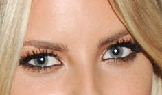 Hot Summer Eye Makeup Combo: Peach Eyeshadow and Black Eyeliner : Girls in the Beauty Department: Beauty: glamour.com