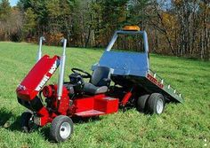 Strange and Funny Lawn Mowers - Yeah! Yard Tractors, Lawn Mower Tractor, Small Tractors, Karts, Tractor Pulling, Riding Lawn Mowers, Heavy Equipment, Lawn Equipment, Go Kart
