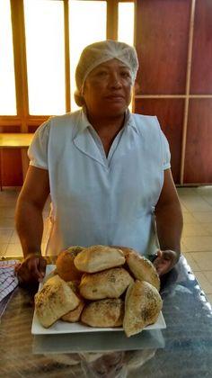 Aca esta mi compañera d curso son las 2 k hacemos los panes este es el otro  PAN CIABATTA