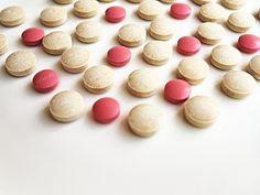 Pracodawcy proponują zmiany na rynku aptecznym -    Wyłączenie spod zakazu reklamy aktywności aptek jako placówek ochrony zdrowia publicznego, transparentność cen, zwiększenie dostępności leków refundowanych poprzez zmianę wysokości i sposobu wyliczania urzędowej marży detalicznej, czy wykorzystanie potencjału aptek internetowych – proponu... http://ceo.com.pl/pracodawcy-proponuja-zmiany-na-rynku-aptecznym-66486
