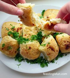 Garlic Cheese Bombs - melted mozerella cheese, encased in a fluffy white bread roll and baked in seasoned garlic butter. A fun twist on garlic bread! Savoury Baking, Savoury Recipes, Bread Recipes, Cheese Bombs, Bombe Recipe, Garlic Cheese, Mary Berry, Yummy Food, Tasty