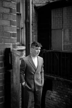 """""""This photoshoot seemed to be a pretty popular one today🤗 I'm adding some more to it! 📸 James Write for So It Goes Magazine Peaky Blinders Tommy Shelby, Peaky Blinders Thomas, Cillian Murphy Peaky Blinders, Cillian Murphy Movies, Portraits, Comic, To My Future Husband, American Actors, Celebrity Crush"""