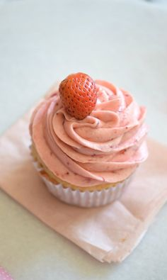 A yogurt cupcake recipe that will knock your socks off! This yogurt cupcake recipe only takes 10 minutes of active time and is OMG so good!