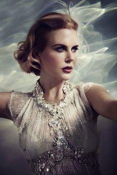 Nicole Kidman, caracterizada como la princesa Gracia en la película 'Grace of Monaco'    http://www.zoomnews.es/estilo-vida/cultura-y-espectaculos/alberto-monaco-carolina-estefania-pelicula-su-madre-gracia-monaco