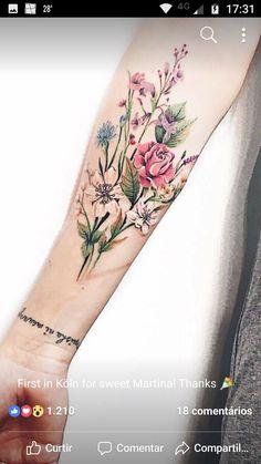 Great Tattoos, Beautiful Tattoos, Body Art Tattoos, New Tattoos, Small Tattoos, Tatoos, Tattoos Realistic, Bouquet Tattoo, Birth Flower Tattoos