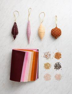 Christmas Makes, Noel Christmas, Winter Christmas, Christmas Crafts, Handmade Christmas Decorations, Xmas Ornaments, Felt Crafts, Wool Felt, Crafty
