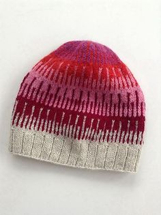 Cliff Hat pattern by Shellie Anderson, knit by Petra - free pattern