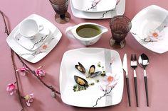 Owoce morza lub sushi w towarzystwie porcelany? Jesteśmy na tak. #Chodzież #pfp_cmielow_chodziez #PorcelanaChodzież #porcelana #polska_porcelana #polski_design #polskie_wzornictwo #rękodzieło #porcelain #art #design #polish_design #home_decoration #interior_design #interior_decoration #piękny_stół  #home_inspiration #inspiration #dinner
