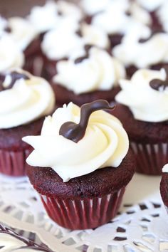This red velvet cupcakes recipe makes 36 mini cupcakes (or 12 regular-sized cupcakes). They are soft and rich treats with decadent cream cheese frosting.