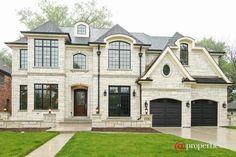 121 E Wilson St, Elmhurst, IL 60126 - Home For Sale and Real Estate Listing - realtor.com®