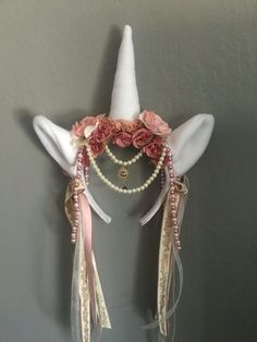 Unicorn headpiece Mais