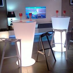 Table Haute, Led, Frances Ou0027connor, Guillaume, Furniture
