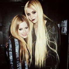 Avril Lavigne e Taylor Momsen