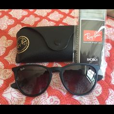 New Black Matte Erika Ray-Ban Sunglasses These chic sunglasses include the case and lens cloth, an incredible deal on this great item! Ray-Ban Accessories Sunglasses