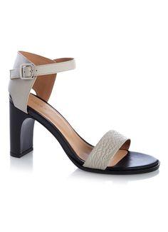 Op zoek naar Filippa K Lacey High sandalen van leer ? Ma t/m za voor 22.00 uur besteld, morgen in huis door PostNL.Gratis retourneren.