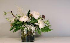woodlands centerpiece in glass with ferns Flower Ideas, Amazing Flowers, Ferns, Retirement, Woodland, Florals, Glass Vase, Wedding Flowers, Floral Design