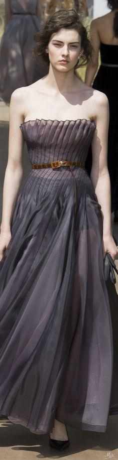 www.2locos.com  Fall 2017 Haute Couture Christian Dior