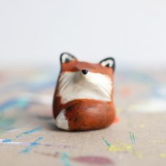 Cute lil red fox totem! // le animalé