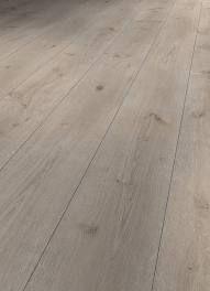 Bodenfliesen graubraun in Holzoptik - man kann ja sagen, was man will, aber ich finde fake-Holzboden echt schön!