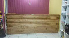 Balcão de paletes.   Pedidos 92991945468 #Decoraçã #Sustentabilidade #paletes