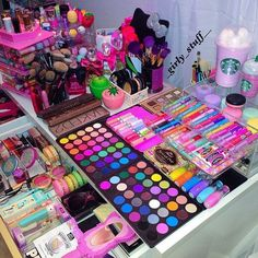 Eminence Herbal Eye Make-Up Remover, Ounce - Cute Makeup Guide Eyeshadow Makeup, Makeup Cosmetics, Makeup Brushes, Eyeshadow Palette, Pink Eyeshadow, Foil Eyeshadow, Morphe Eyeshadow, Elf Makeup Dupes, Organisation Hacks