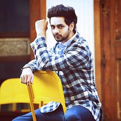 Shakti Arora, Bollywood, Actresses, Stars, Safety, Female Actresses, Security Guard, Sterne, Star