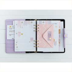 Learn how to customise your monthly and weekly calendars in your #Planner the kikki.K